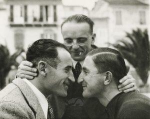 Giuseppe Ambrosini abbraccia Domenico Piemontesi e Francesco Camusso