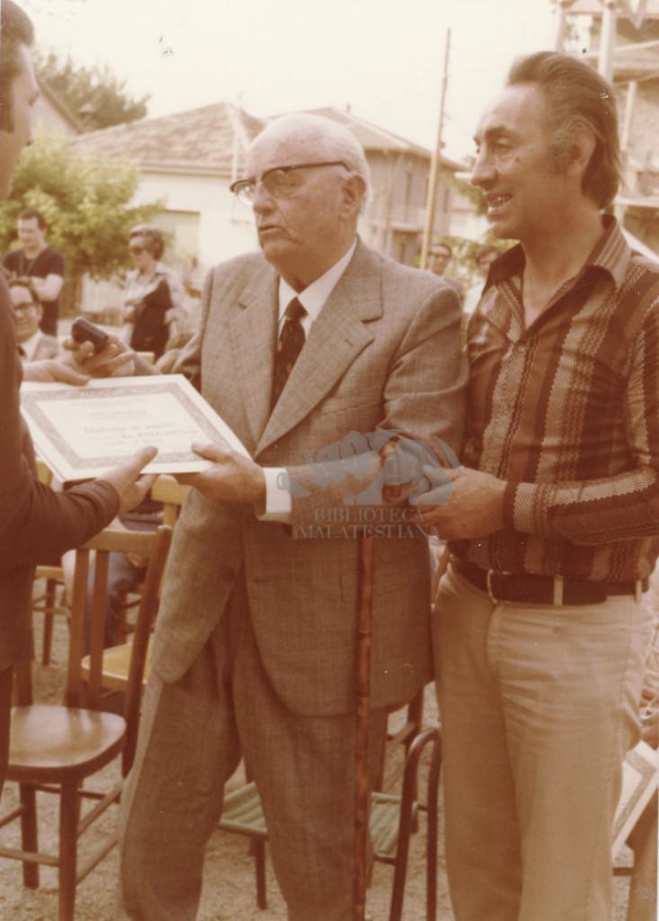 Ospite d'onore ad un premio artistico a Rio Eremo, 1970-1980