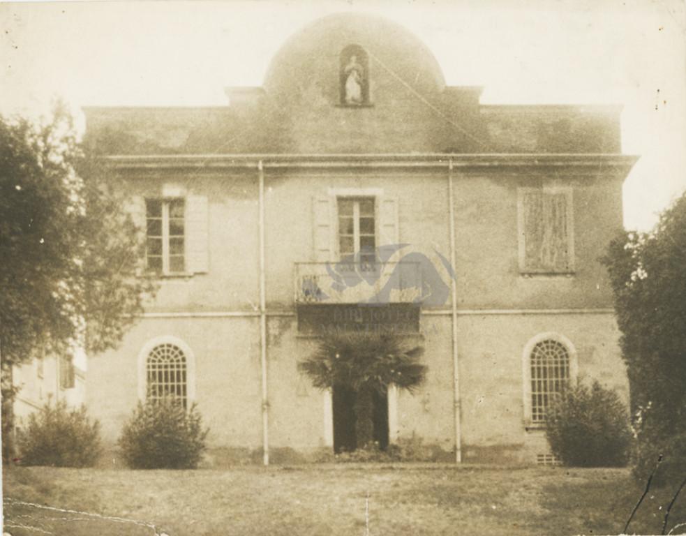 La sua villa a Massa di Settecrociari di Cesena, 1920-1940 circa